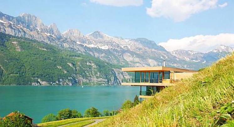 הבית שמשקיף על האגם – אתם מוזמנים להכיר את הפרוייקט המקסים של משרד האדריכלים km Architektur