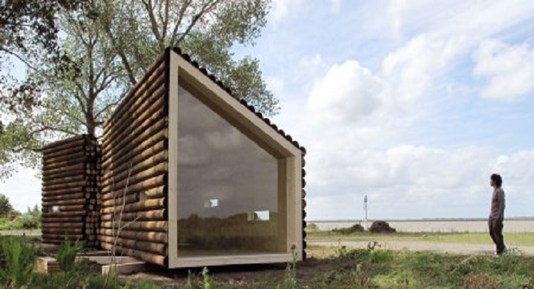 FlakeHouse – גם בית עץ קטן יכול להיות אתגר ארכיטקטוני